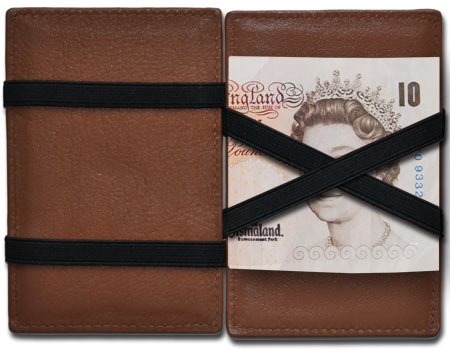 Our Magic Wallets support the 10 pound note